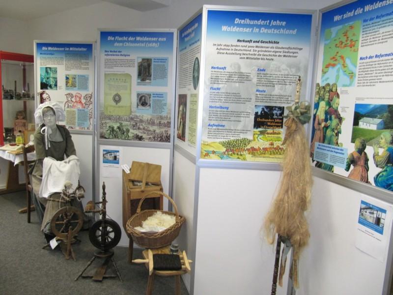 Waldenserausstellung im Schulmuseum